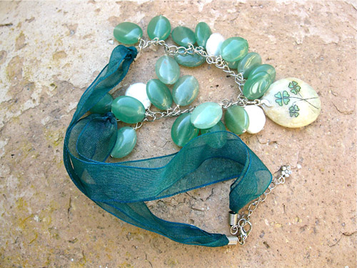 Aventurine 3 clover Pearl necklace