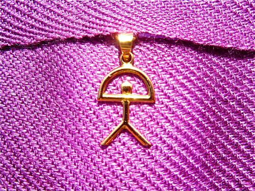 Classic_gold_Indalo_pendant
