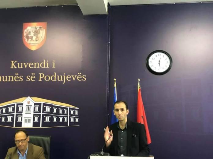 asbasbsab-1 Pakënaqësitë në Degën e PDK-së në Podujevë, asamblisti i drejtohet me një letër Kadri Veselit