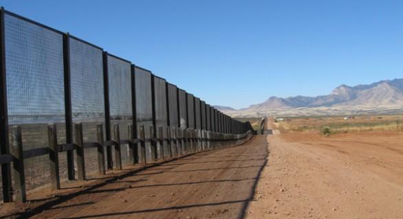 Ungaria va construi un gard de 4 metri de-a lungul frontierei cu Serbia