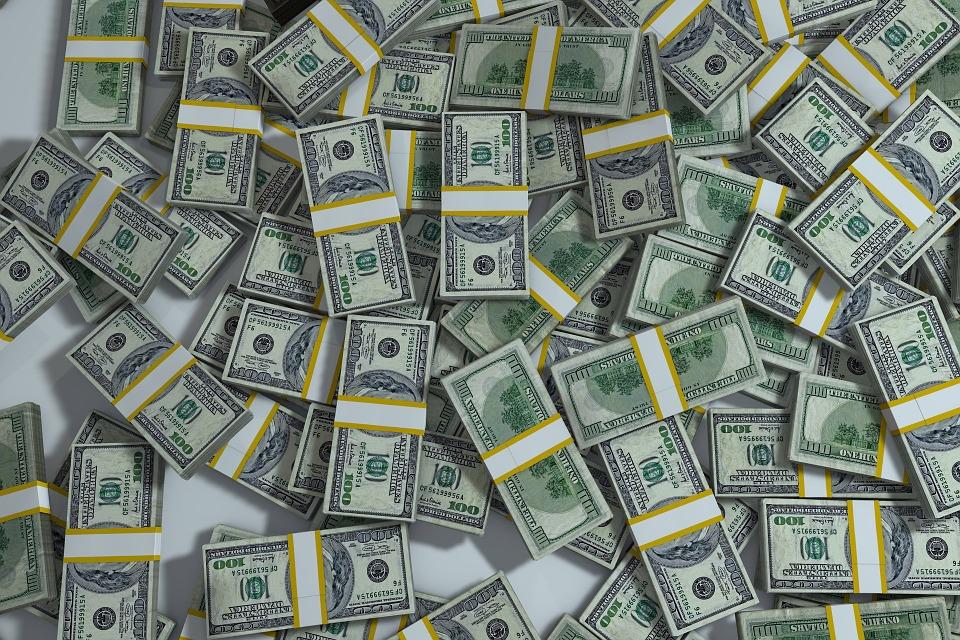 Money-100-dollar-bills-theft-embezzlement
