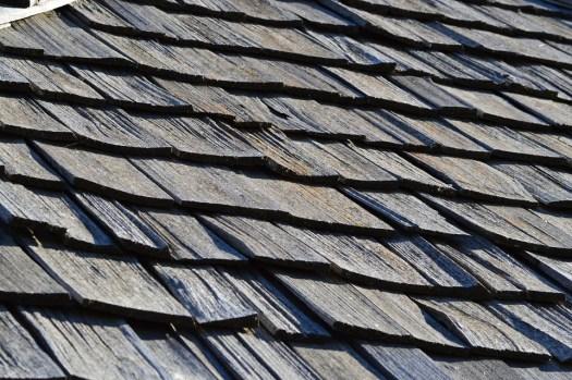 Cedar shake roof shingles