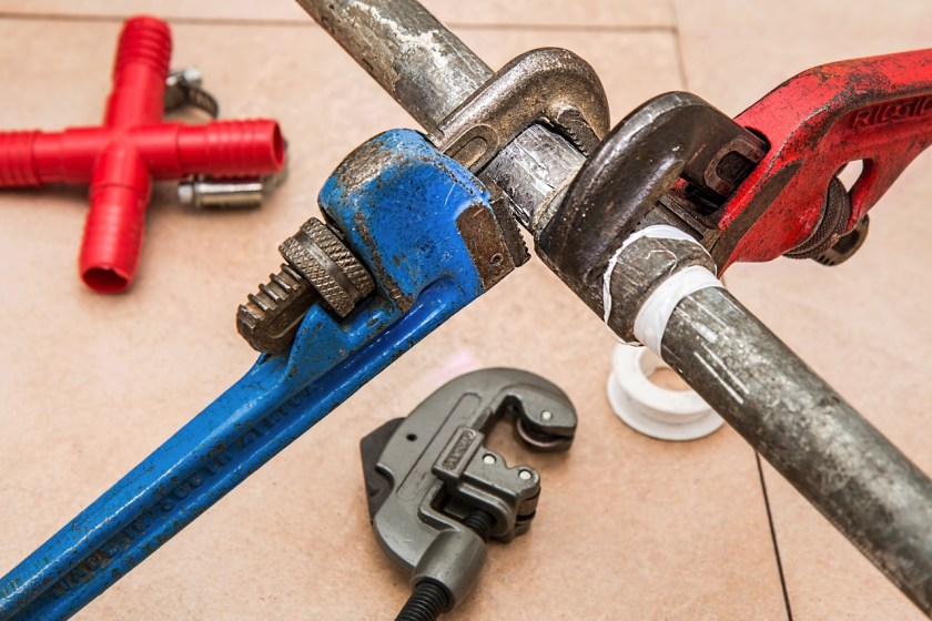 Plumbing pipes wrench leak