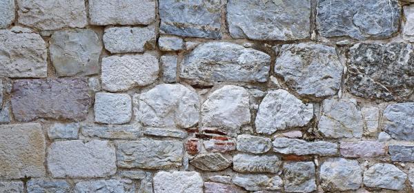 Retaining wall stone