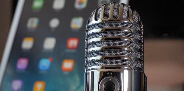 Podcast microphone online internet radio