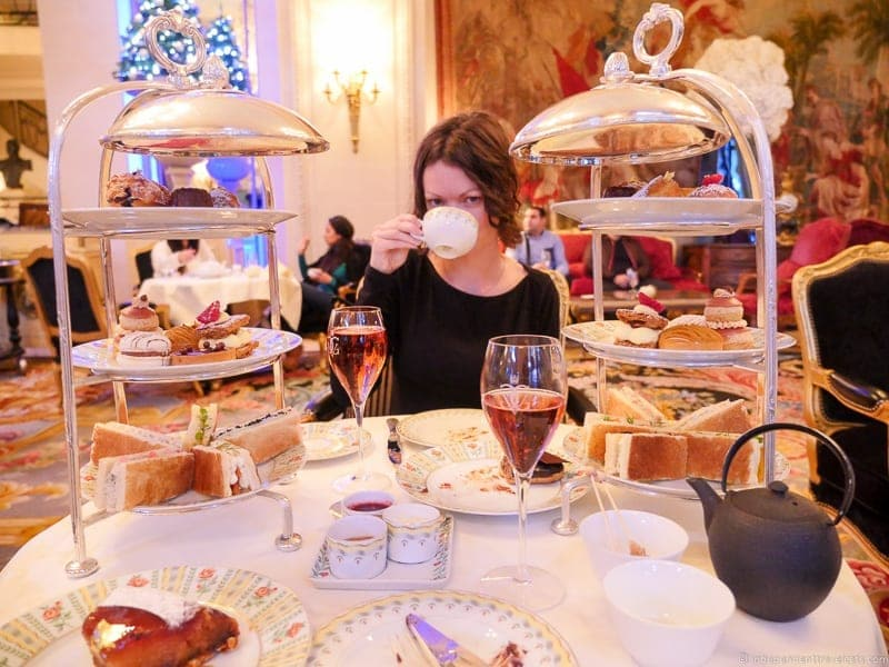 Four Seasons Hotel George V La Galerie luxury afternoon tea in Paris