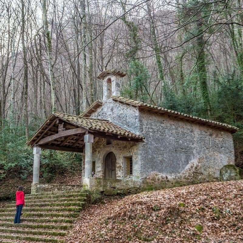 Romanesque churches things to do in the Spanish Pyrenees in Catalonia Spain