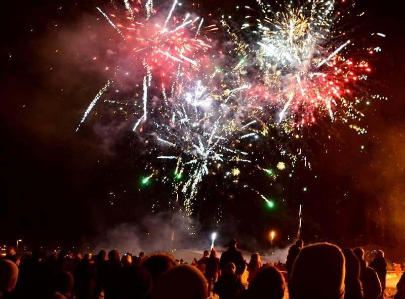NYE fireworks Iceland in winter activities day trips tours
