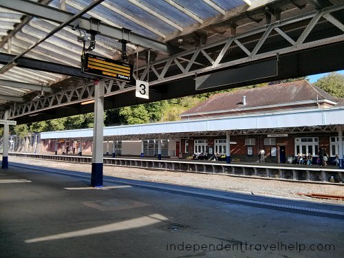 Money-saving tips using UK Transport, train station