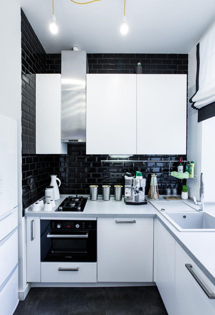фартук для белой кухни в классическом стиле дизайн фото 7