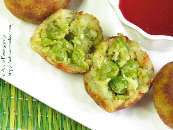 Green peas and peanut filling encased in a potato shell