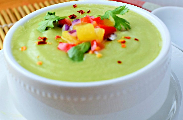 Chilled Cucumber Avocado Soup with ginger is a cooling, refreshing vegetarian, vegan and gluten free soup. perfect for the summer
