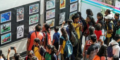 Crowds at Khula Aasmaan exhibition of medal winning artworks at IISER Pune