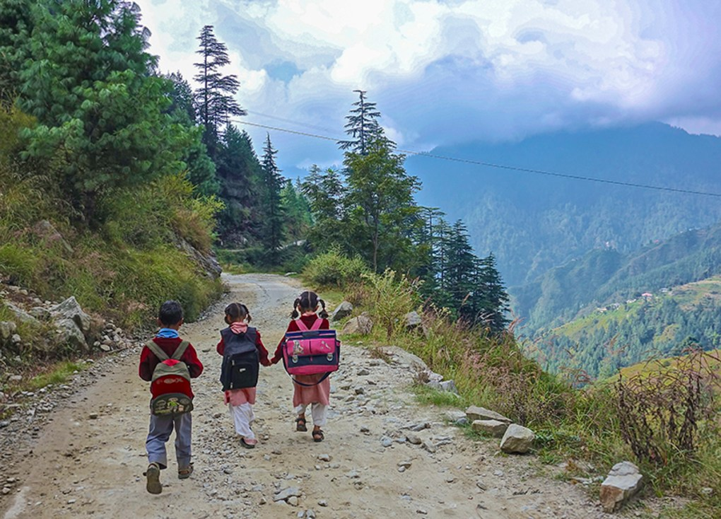 School children in Kumaon himalayas, picture by Milind Vishwas Sathe