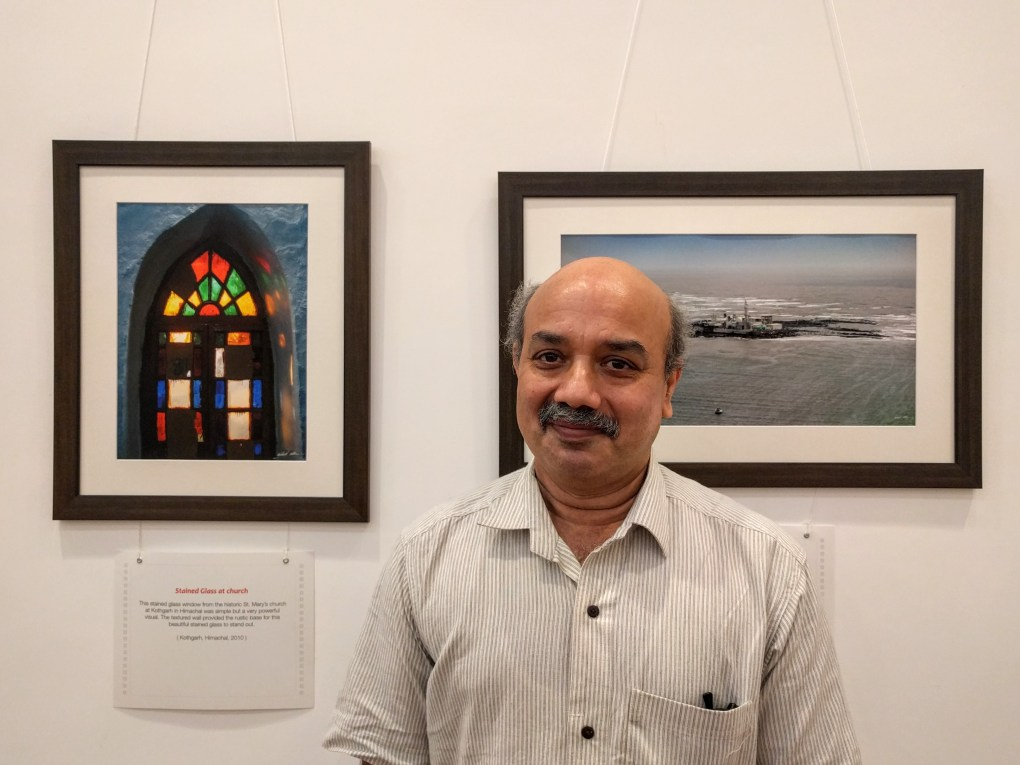 Prof. Sachin Patwardhan at Milind Sathe's solo photography show at Nehru Centre, Worli, Mumbai (August 2016)