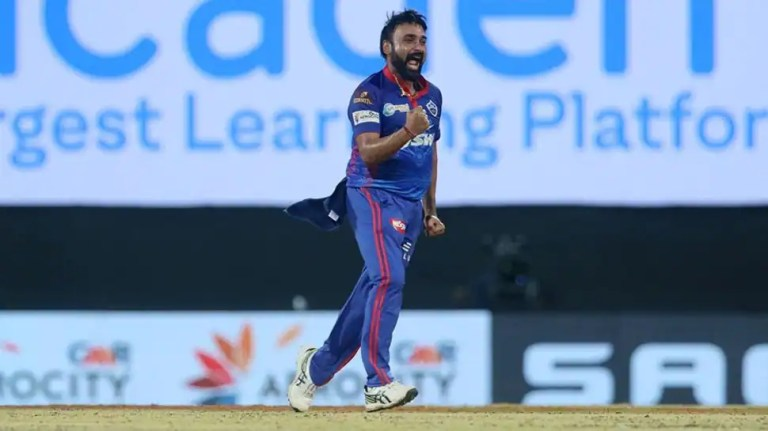 IPL 2021 DC vs RCB: Netizens react as Amit Mishra gets a warning for applying saliva on the ball – WATCH   Cricket News
