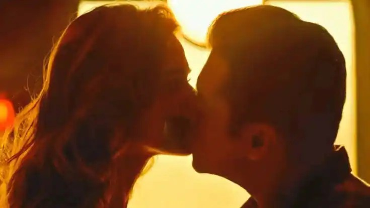Does Salman Khan-Disha Patani kiss in Radhe: Your Most Wanted Bhai means 'finish of no lip lock on-screen' policy for Bhaijaan? | Buzz News