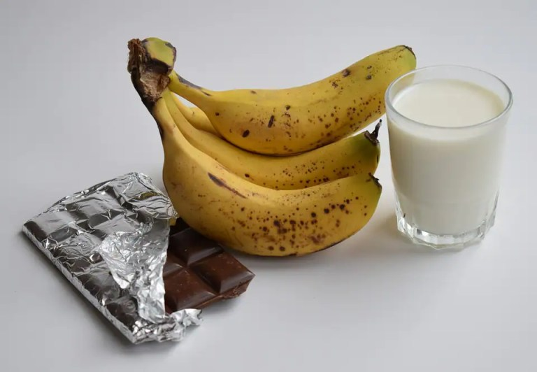 Is mixing Bananas with Milk a healthy option?   Health News