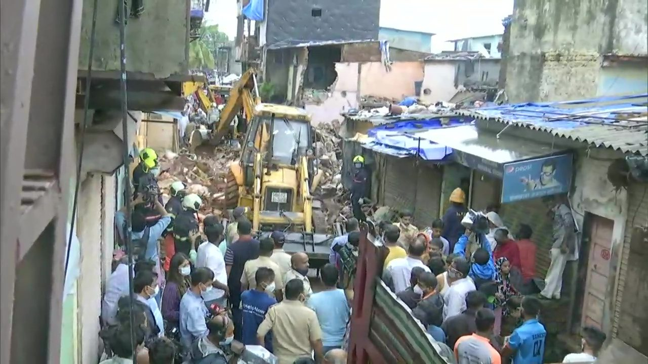 11 Die, 7 Injured After Residential Complex Collapses in Mumbai's Malad Area