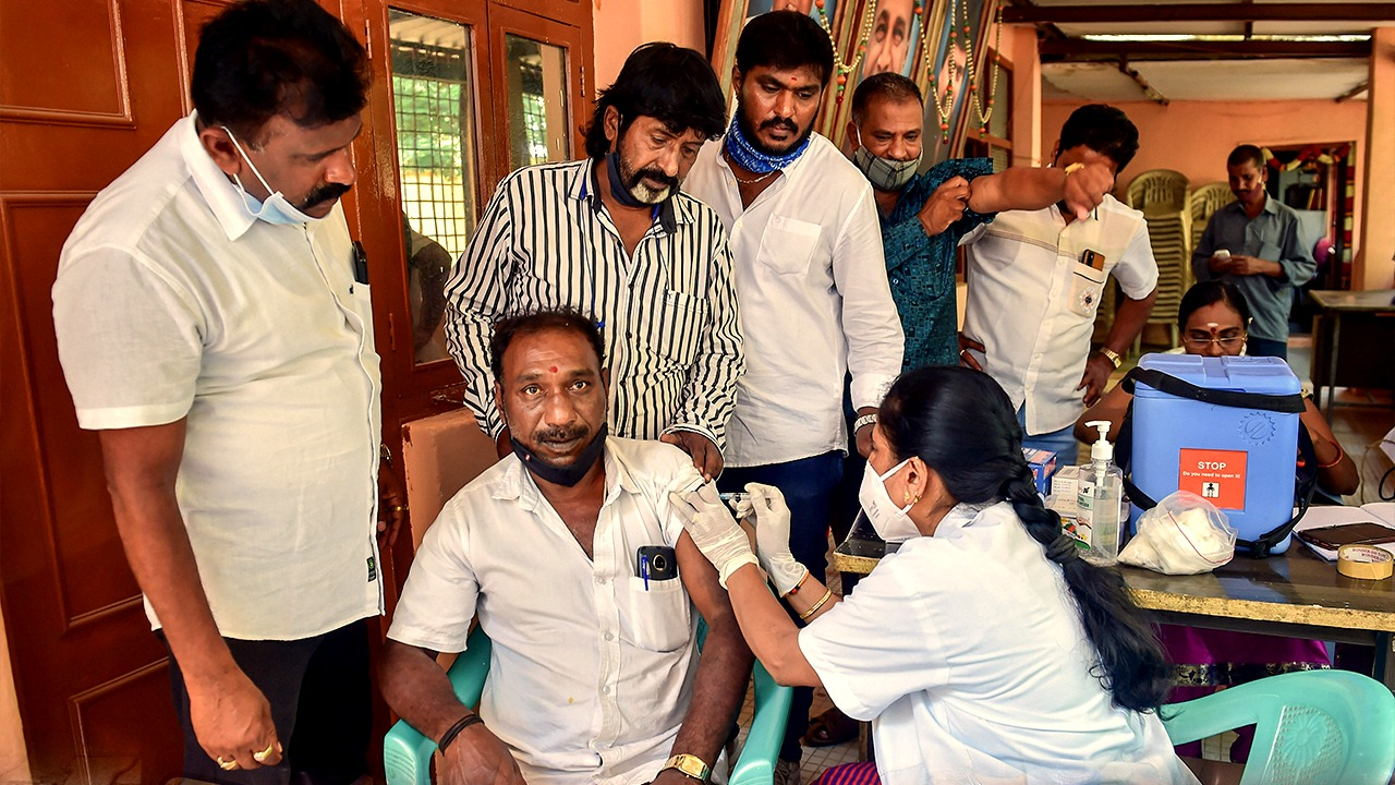 Covid-19 India Vaccine Update: 14 Lakh Vaccinated In 24 Hours, 6.77 Crore Doses Administered In 13 Days