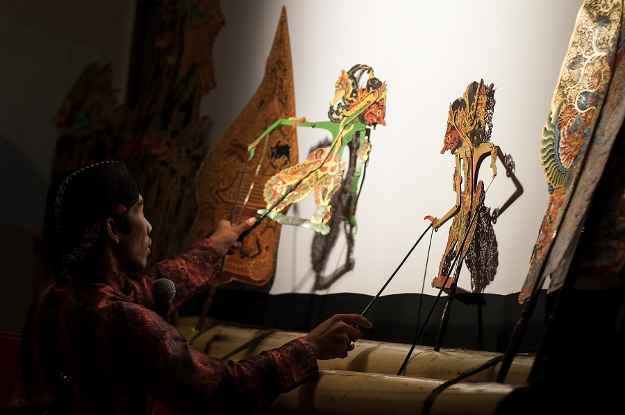Behind the scenes of a Wayang Kulit Puppet Show