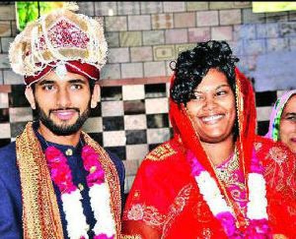 Facebook Helps American Women Find Love in Haryana