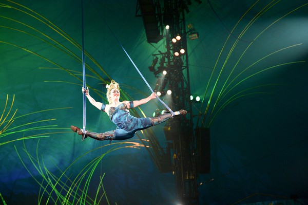 Artistry and athleticism combine in Cirque du Soleil's 'Amaluna'