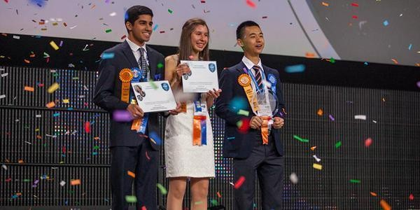 Indian American Teen Wins 'Young Scientist' Award For Inventing Device That Shuts Down Undersea Oil Spills