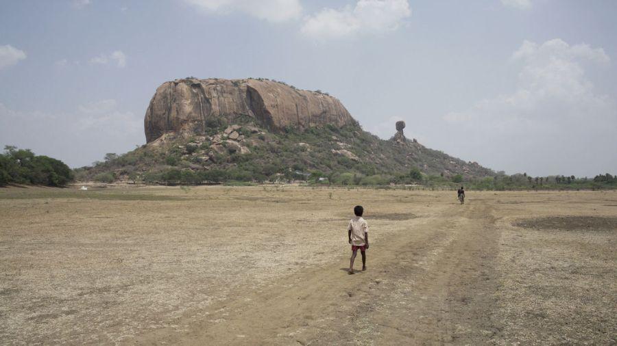 Film still from Koozhangal.