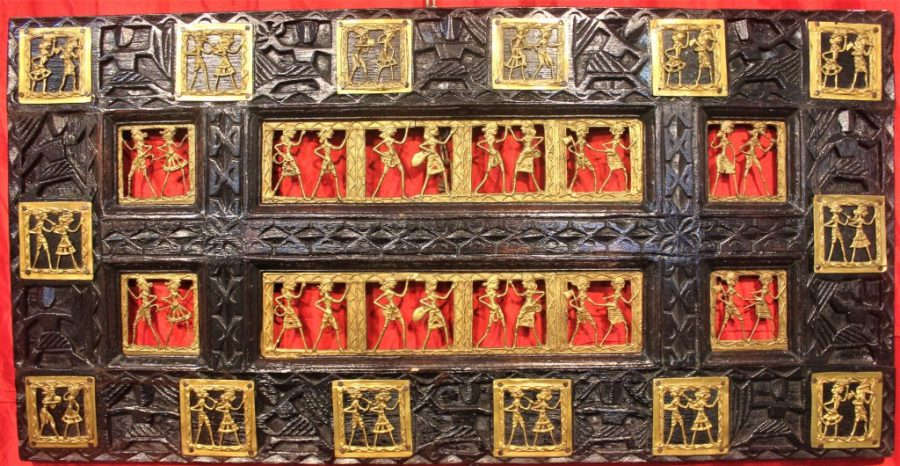 Dhokra art (Image from Wikimedia Commons and under Creative Commons Licence 4.0)