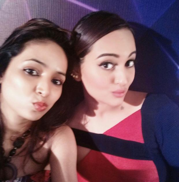 Sonakshi Sinha Selfie