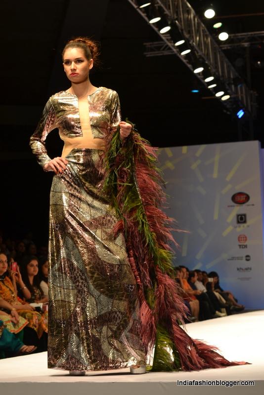 Rohini Gugnani collections