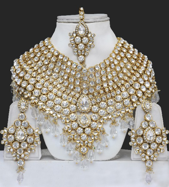 Bridal Sets: Wedding Jewellery Indian Bridal Sets