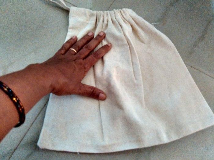 Small drawstring bags