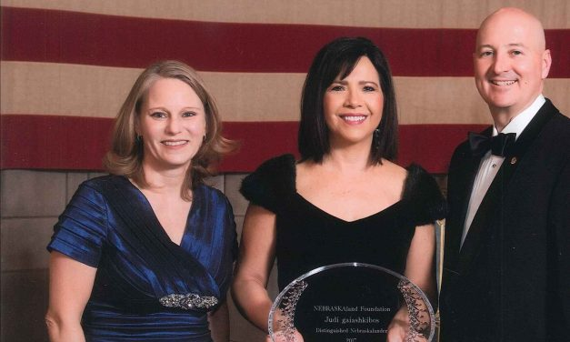 NCIA Executive Director Receives NEBRASKAlander Award