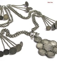 British India Rupee Necklace, Half Rupee Necklace, Rupaya Har or Hullar, 26 Coins, 89 cm (35″), 516 Grams