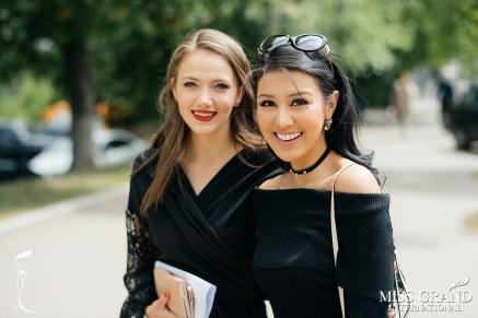 Ariska Putri Pertiwi Miss Grand International 2016 and Veronika Mykhailyshyn Miss Grand Ukraine 2016