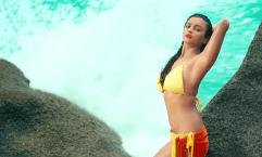 Alia Bhatt yellow bikini