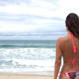 Bruna-Abdullah-sizzles-in-bikini-3-346x260