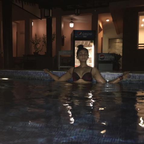 21827260_188222798388038_3574820538817708032_n Peace#pool#yoga#shaanti#mado#pic#positivevibes#pose#happygal#watergal#luvgoa