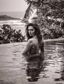 Deepika-Padukone-in-Filmfare-Magazine-2017-3