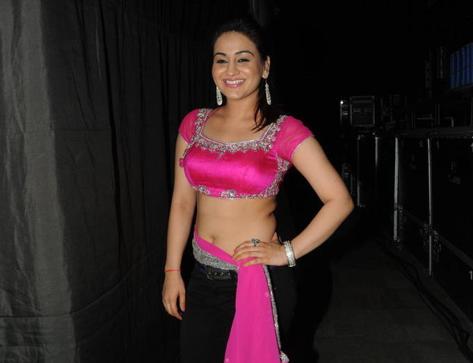 Aksha_019_Aadu Magaadra Bujji_Platinum_Western Dance
