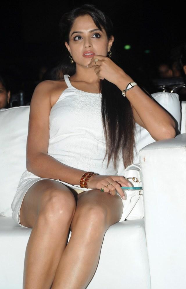 Asmita Sood_017_Aadu Magaadra Bujji_Audio_Western Upskirt