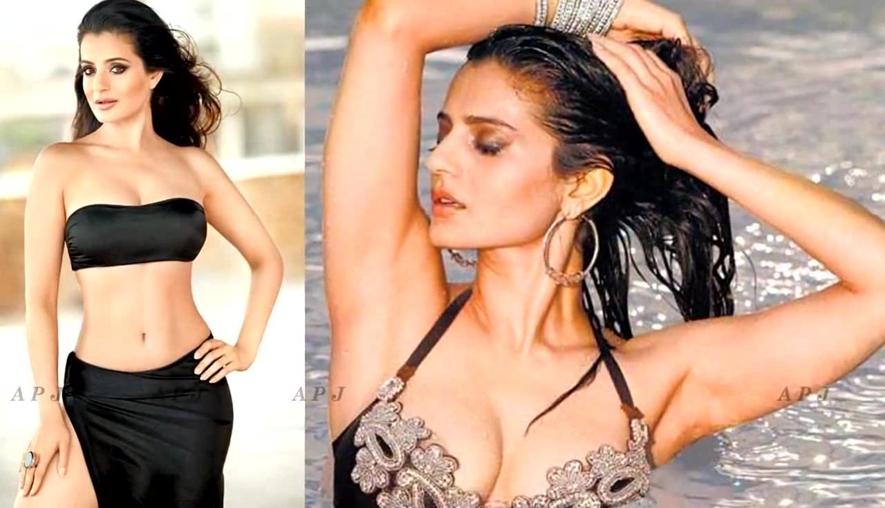 Ameesha Patel hot bikini n glamour photo shoot