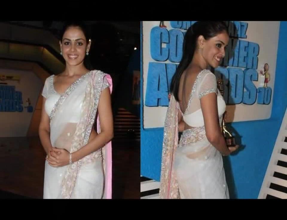 Genelia D'Souza sexy Bollywood function Saree pics gallery