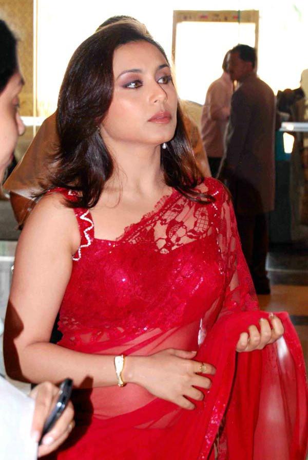Rani Mukherjee_011_BWEvent TSaree