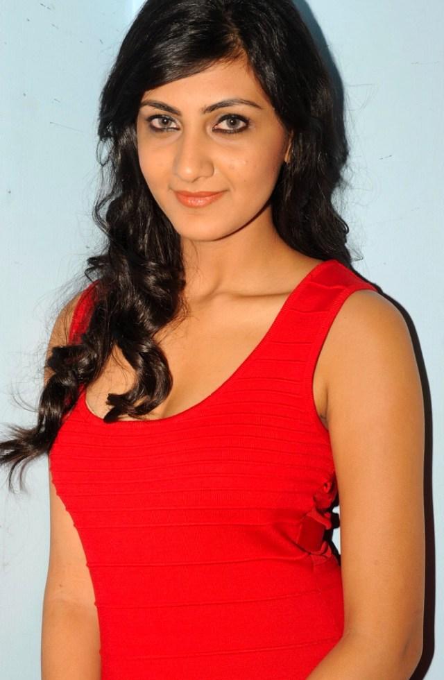 Neelam Upadhyaya_014_Action 3D Function Skirt