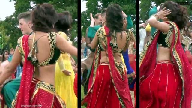 Neha Sharma_010_lahenga navel hot