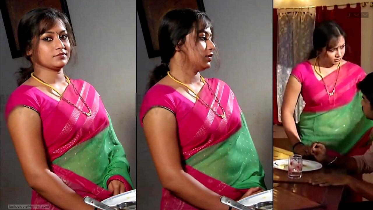 Sreeja_Bommalattam_023_TSaree Navel