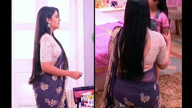 Aditi Rathore_Hindi TV Actress_11_Hot Saree navel